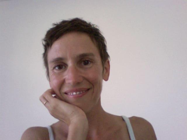 Ana from Nouméa