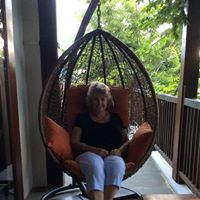 Lynne From Ohope, New Zealand