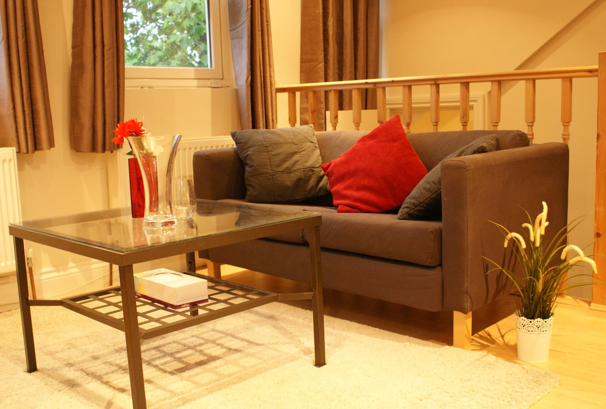 Vast experience of letting rooms in London, especi