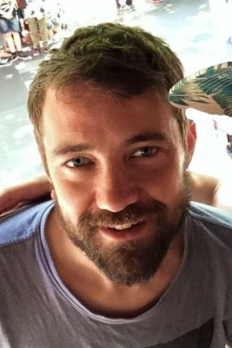 Hi there! I'm Joe, a 34 year old carpenter. I love