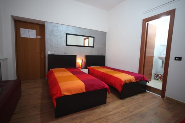 Mouna Luxury Rooms BB from Roma