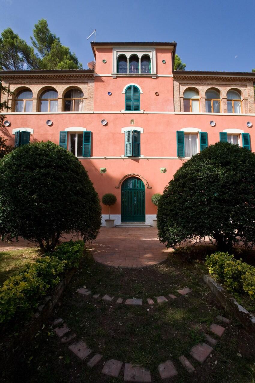 Luca From Fabriano, Italy