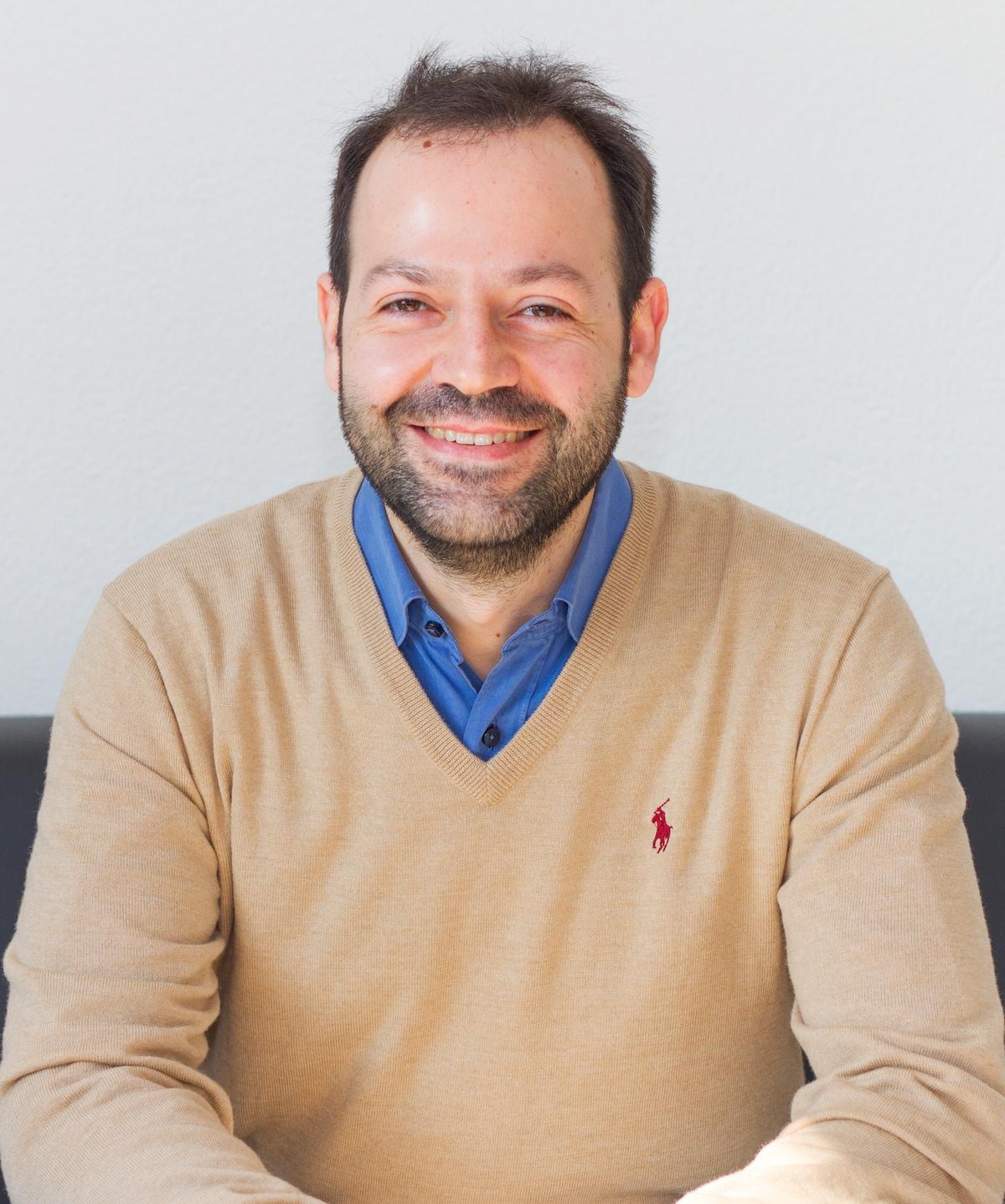 Roberto From Cagliari, Italy
