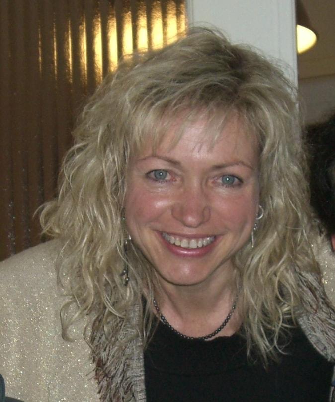Paulanne from Alimos