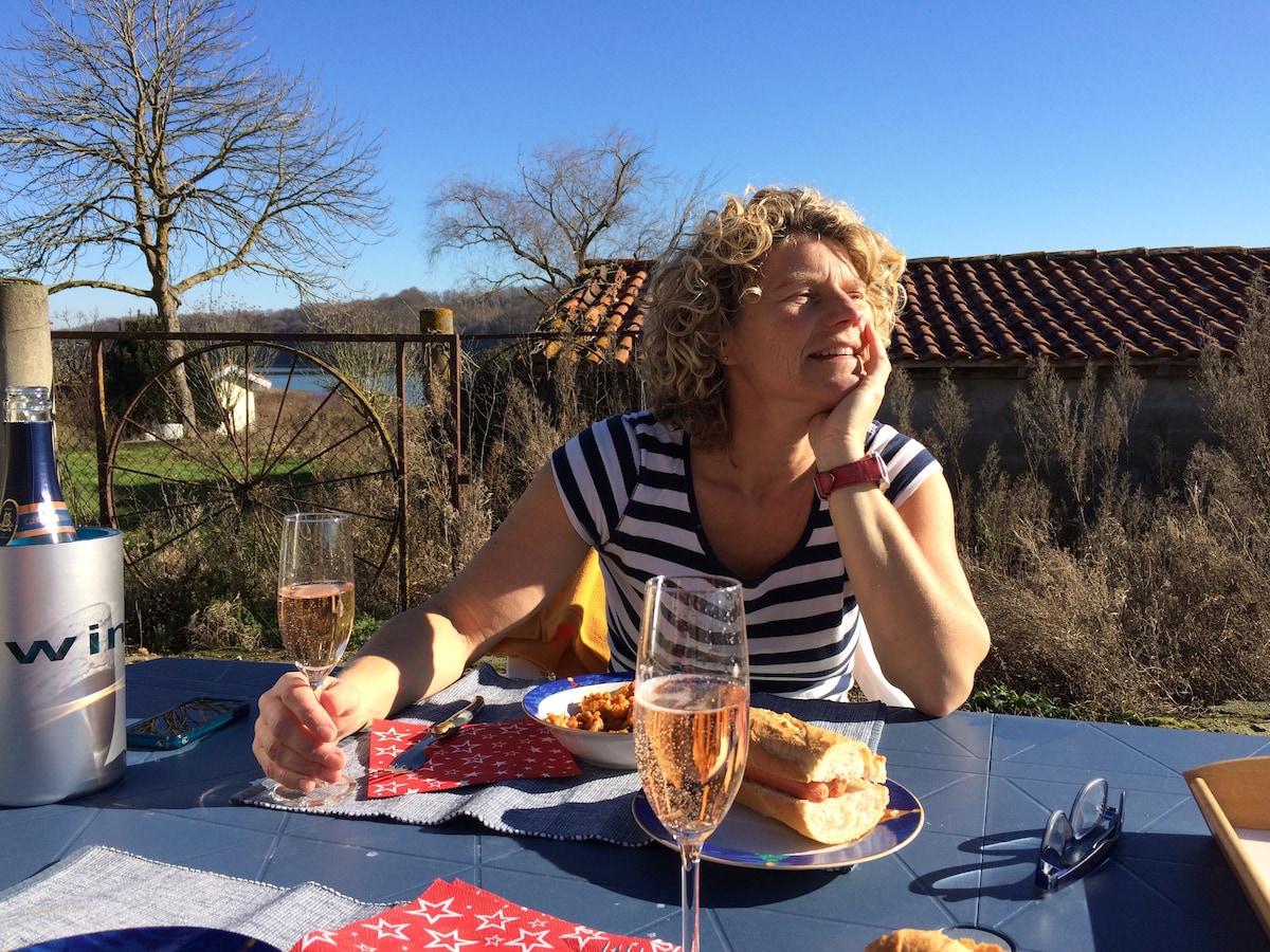 Femie from Lalanne-Arqué