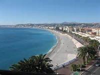 Adopter par la ville de Nice je suis la pour vous