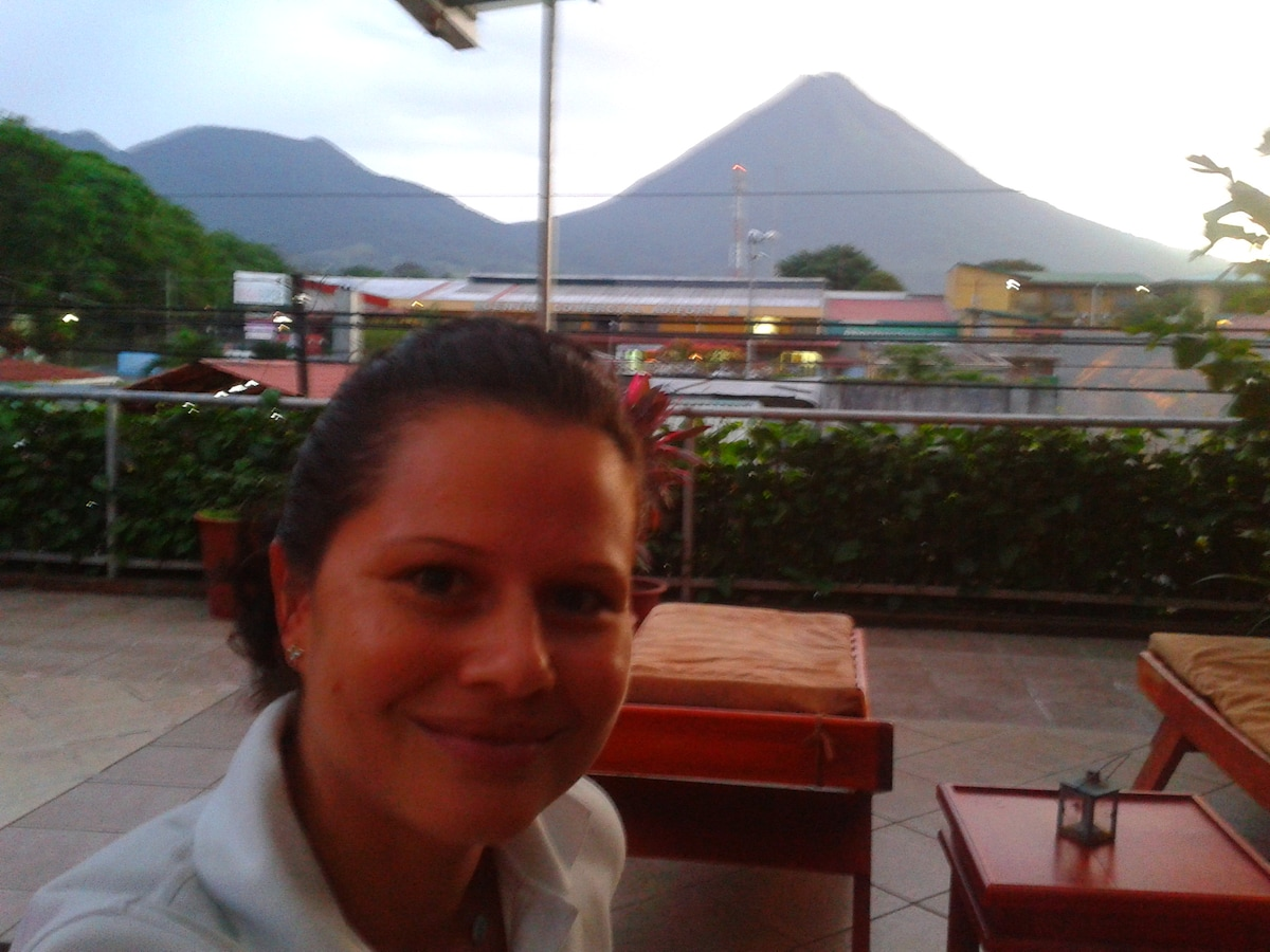 Ivette from La Fortuna