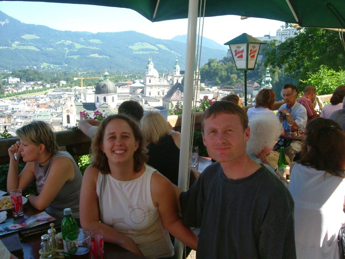 Jürgen & Sarah from Sooke