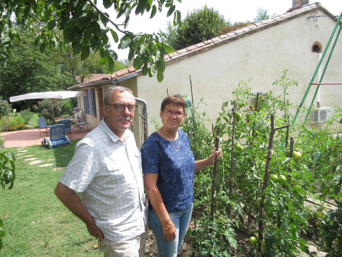 Alain Et Catherine From Garrigues, France