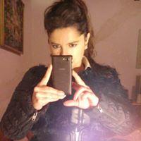 chica colombiana de 37 años licenciada en derecho