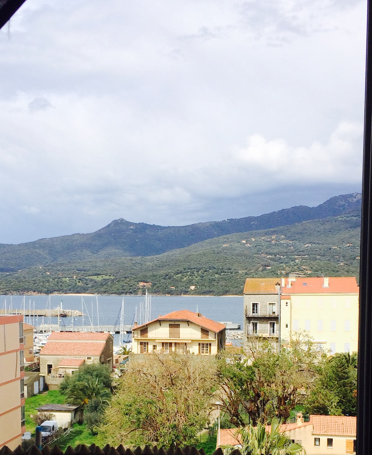 T3 from Propriano
