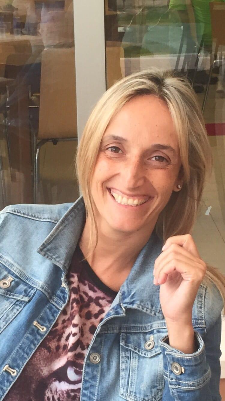 Estefania from Muro