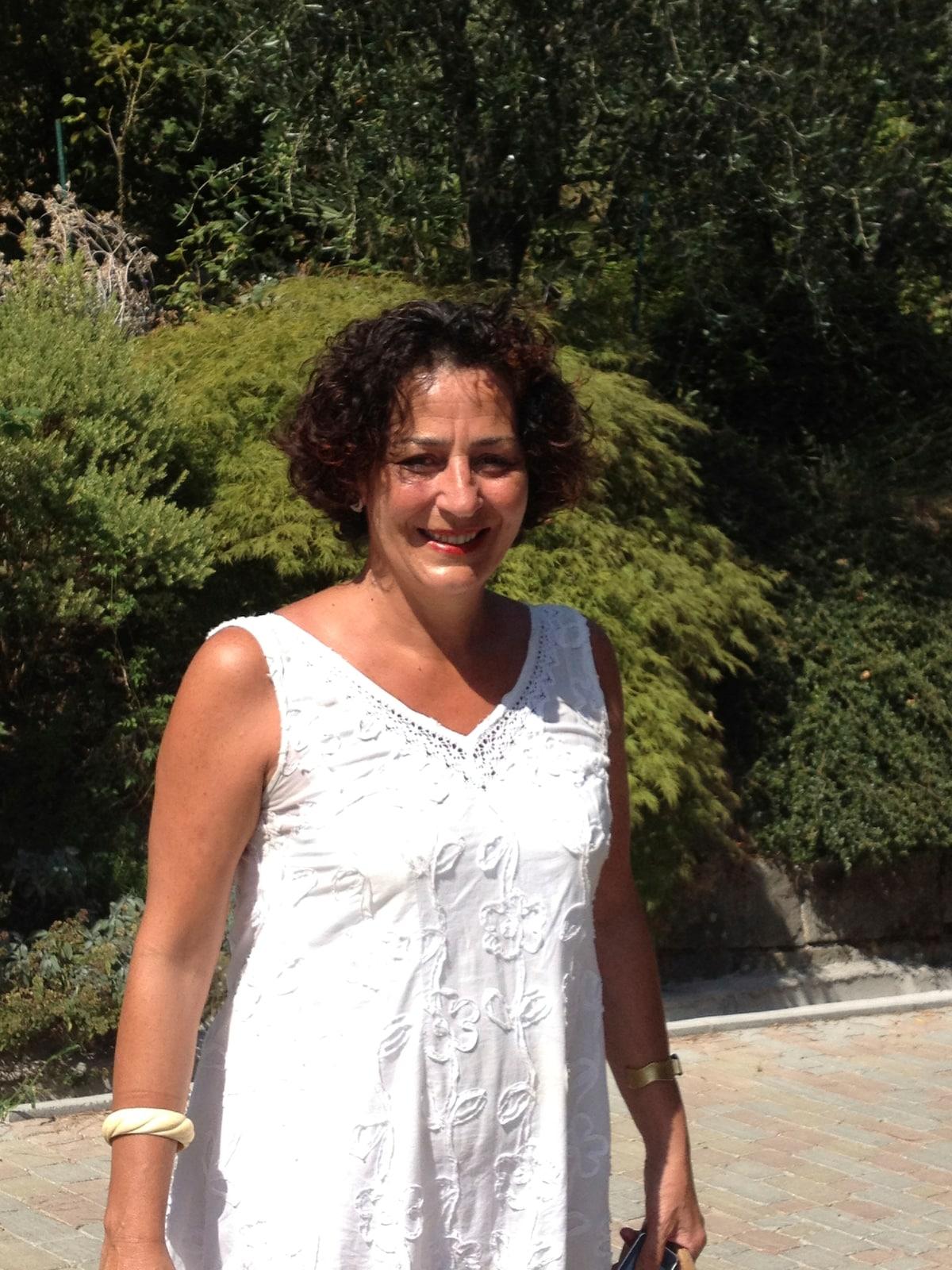 Paola from Massa