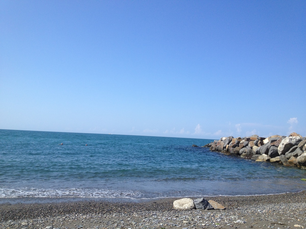 Люблю море,солнце!!! Dear guests, welcome to Soch