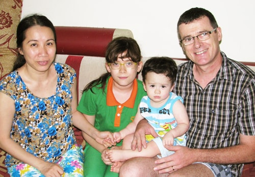 Now, I live in Hanoi with my family. I have 2 chil