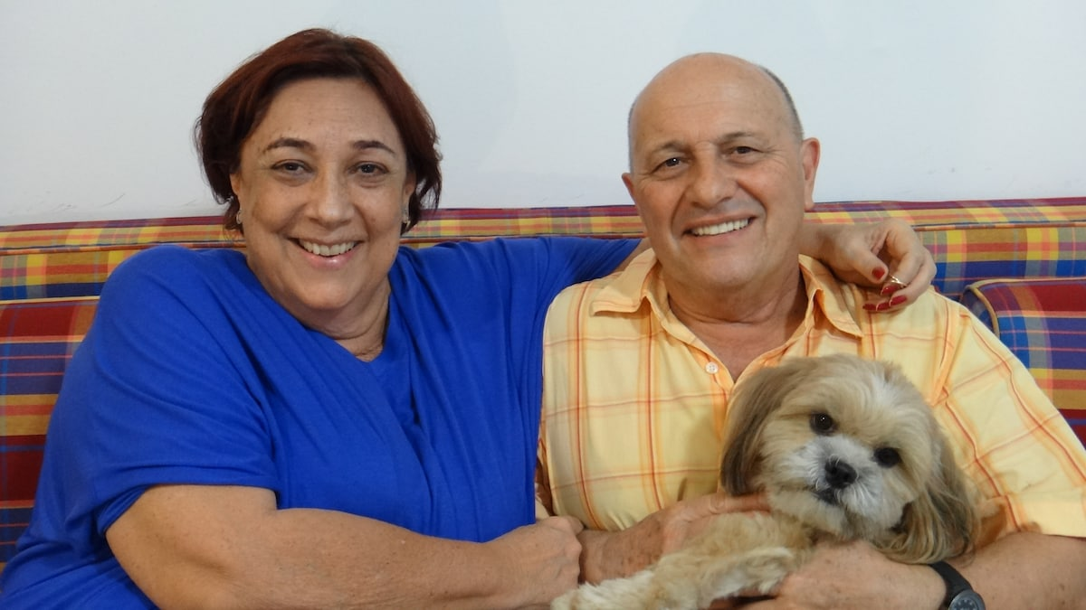 We are a retired couple (Eliana and Savério) witho