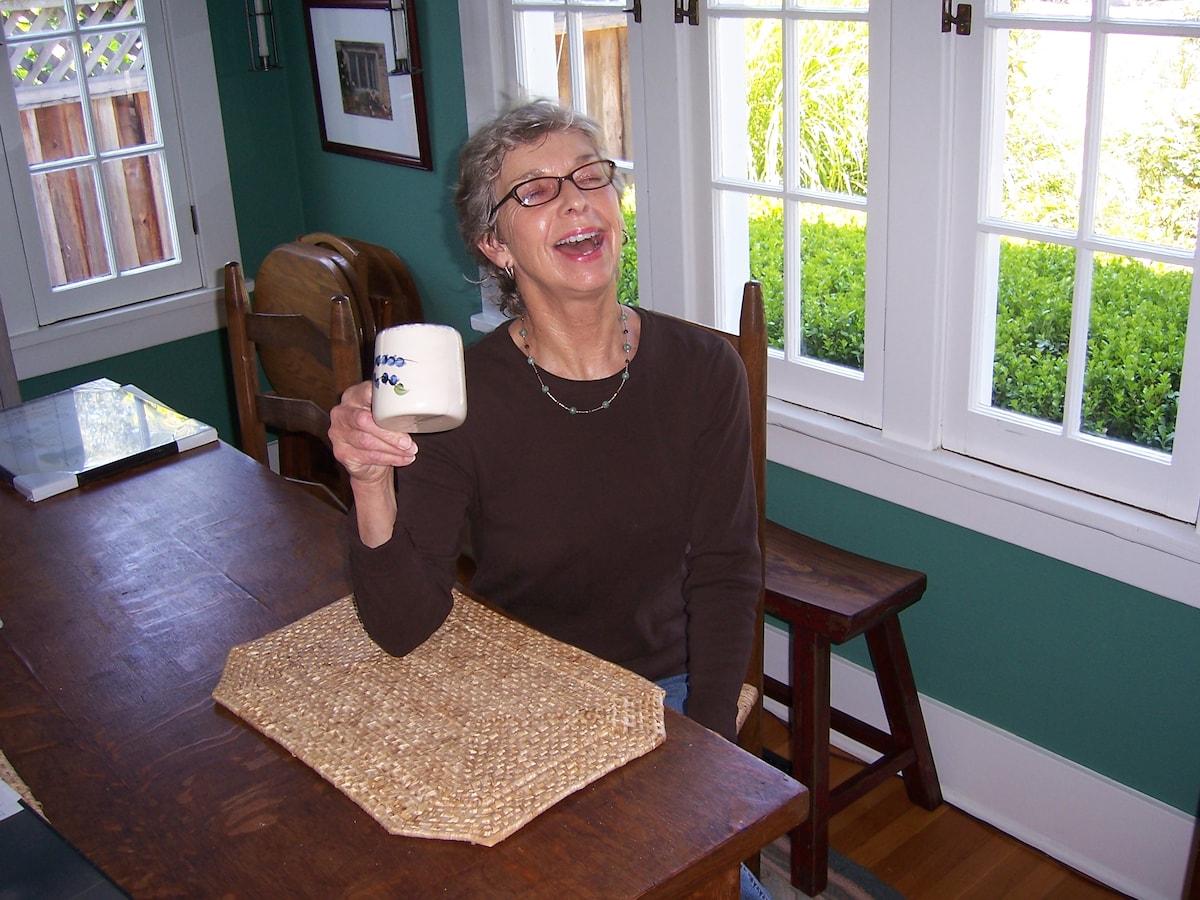 Lynette from Palo Alto