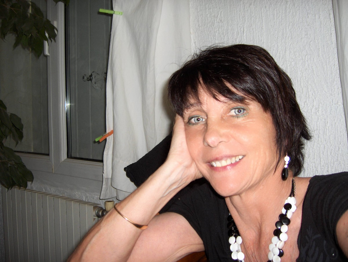 Marie-Claude From Saint-Privat, France
