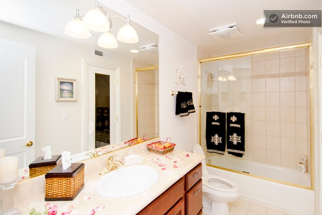 The meticulous clean and spa-like bathroom