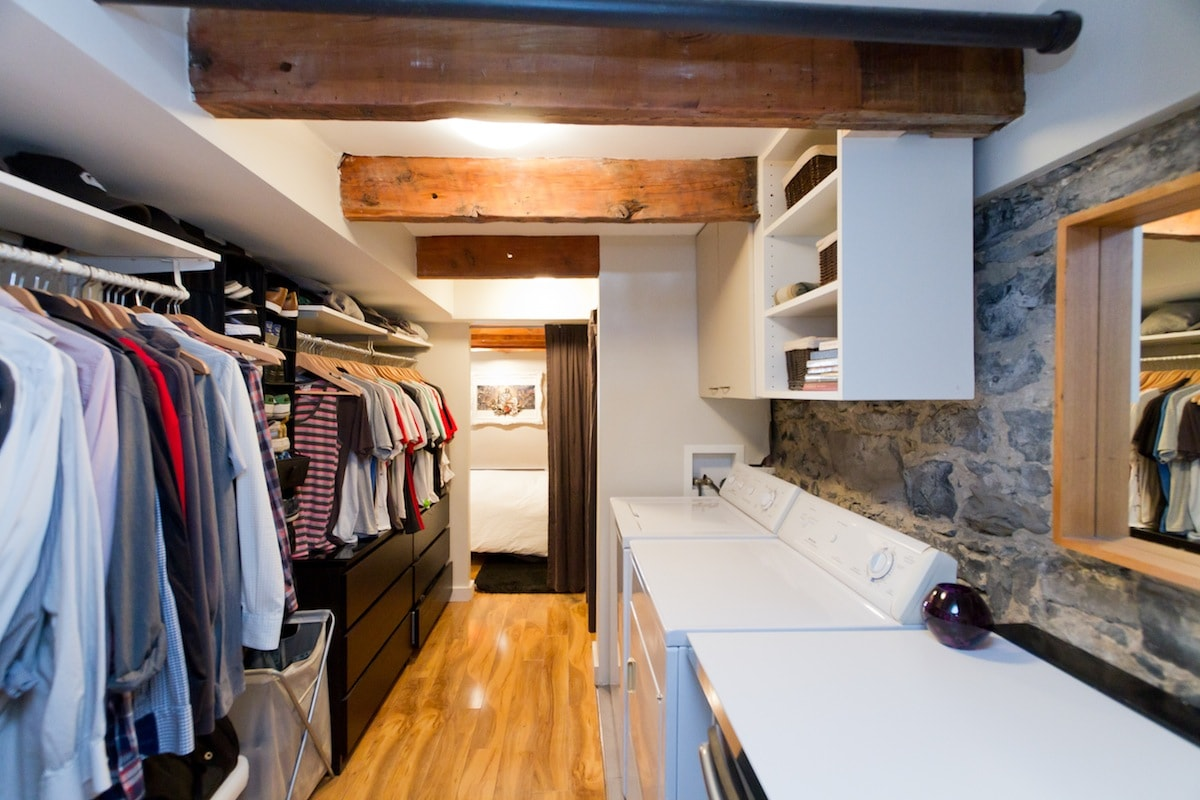 Walk-in with washer and dryer.