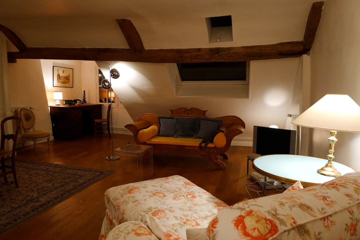 Cosy atmosphere in the living room at night