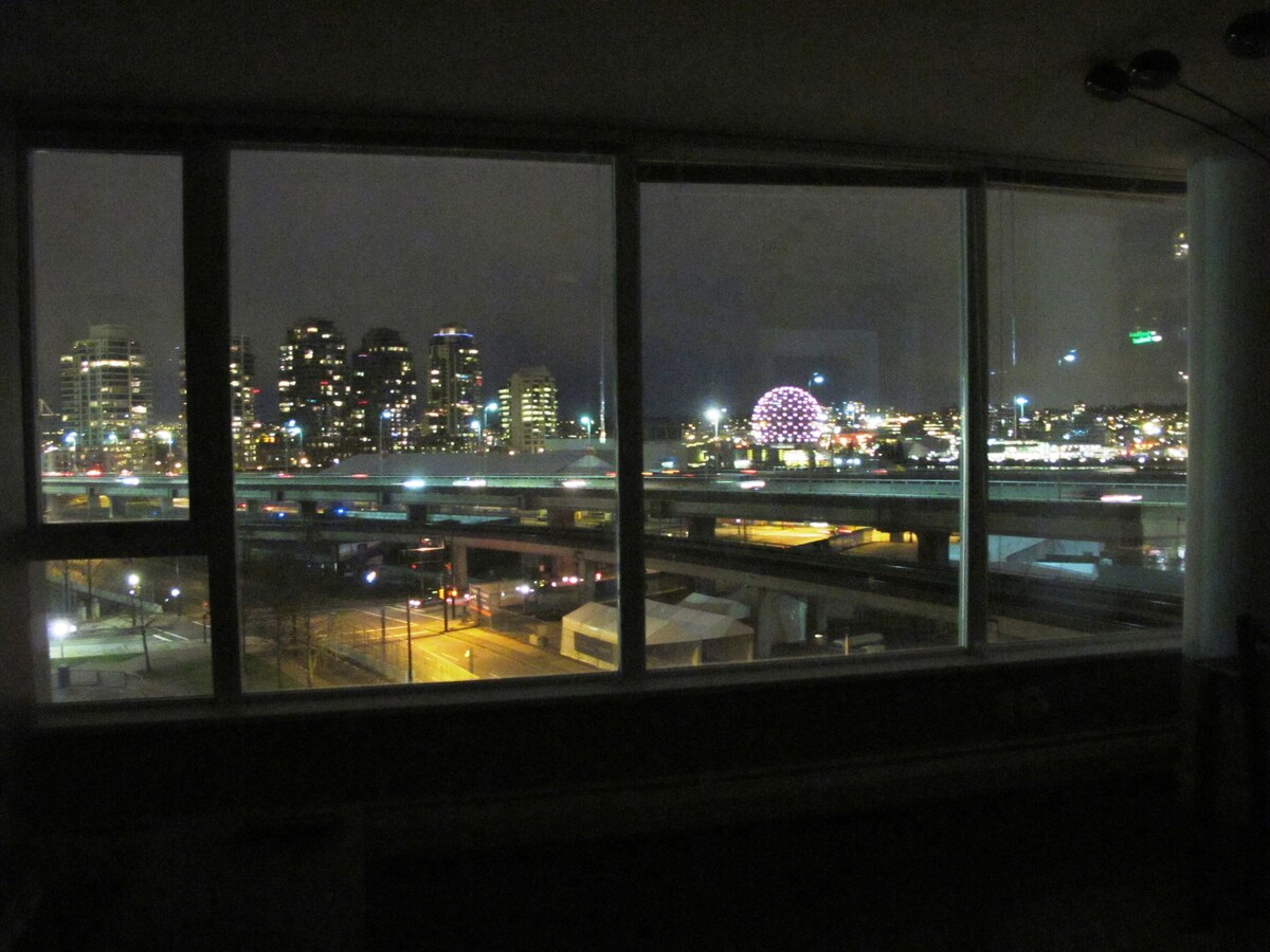 night view from kitchen