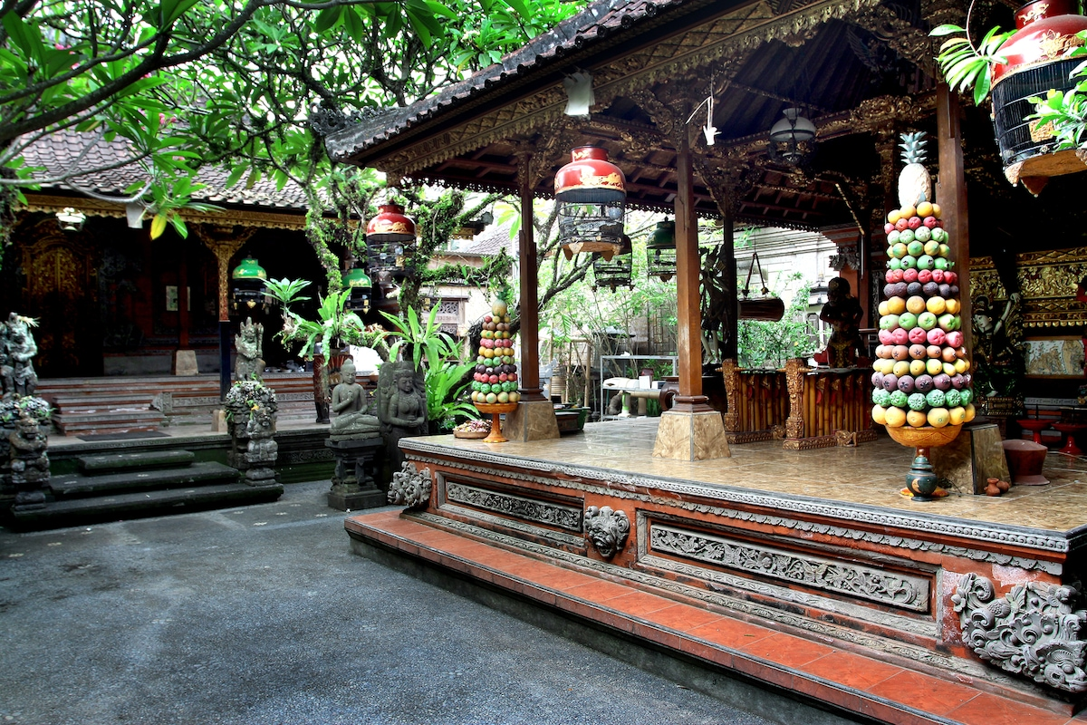 New and Clean Real Balinese House