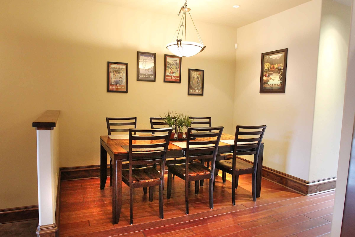 Dining table for 6-8, can be made shorter for a smaller feel and more room