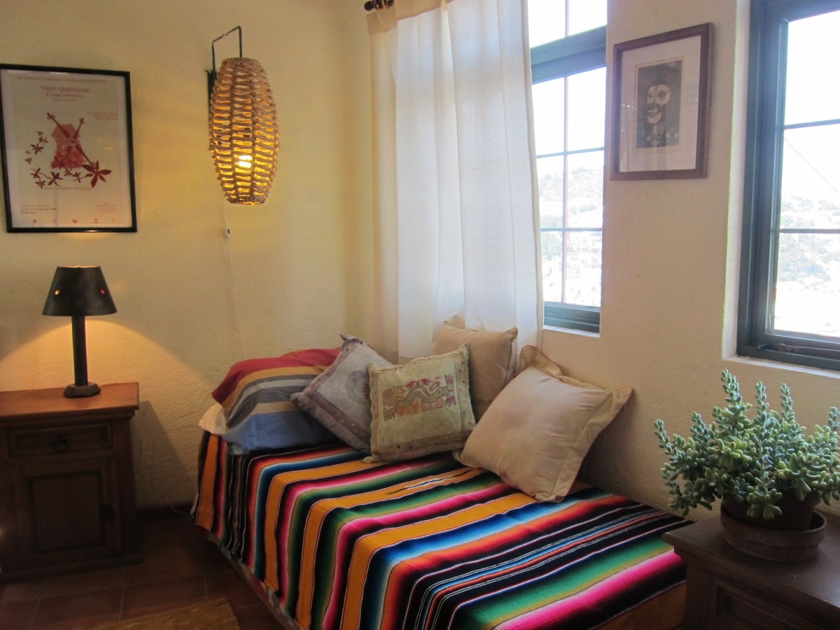 Sillón o cama extra / Couch or extra bed / sofa o lit extra