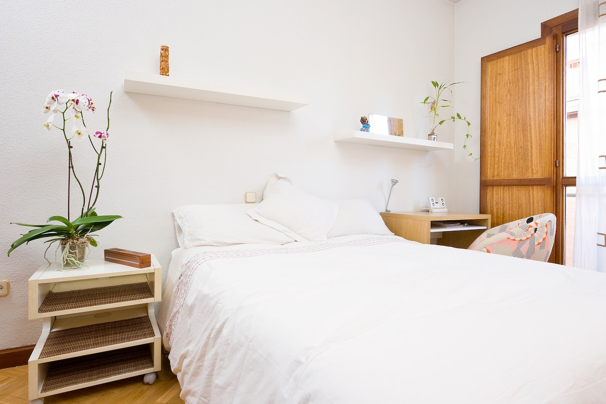 Spacious and light double room