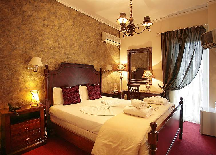 BASIC DOUBLE ROOM IN ANIXI HOTEL