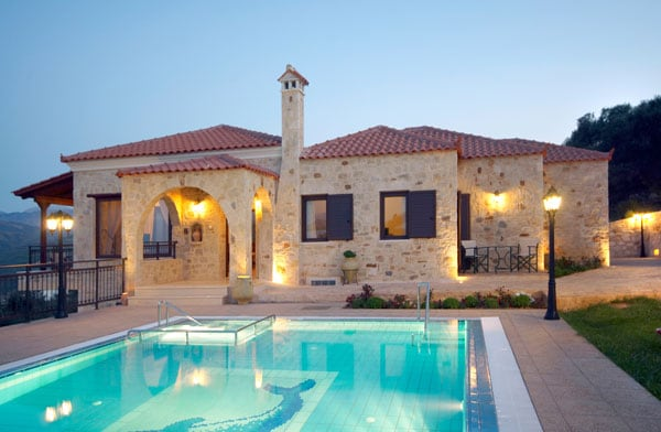 8 persons villa near Chania