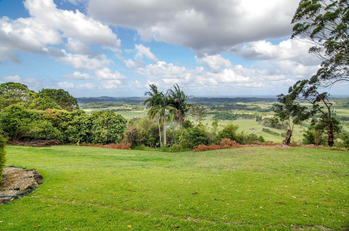 Lots of areas on the property to enjoy the view.