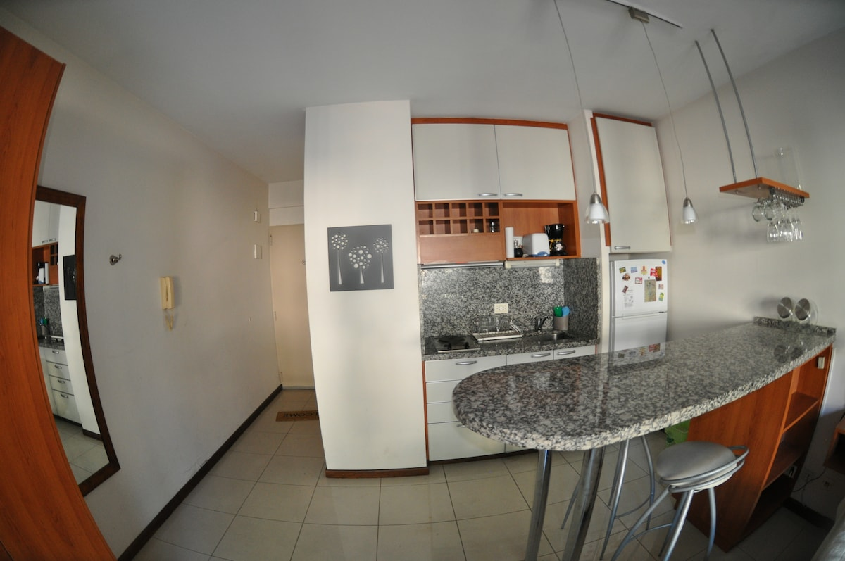 Cheerful and modern full equiped kitchen with: fridge w/freezer, microwave, electric hob, electric toaster, coffee machine, spar, cro