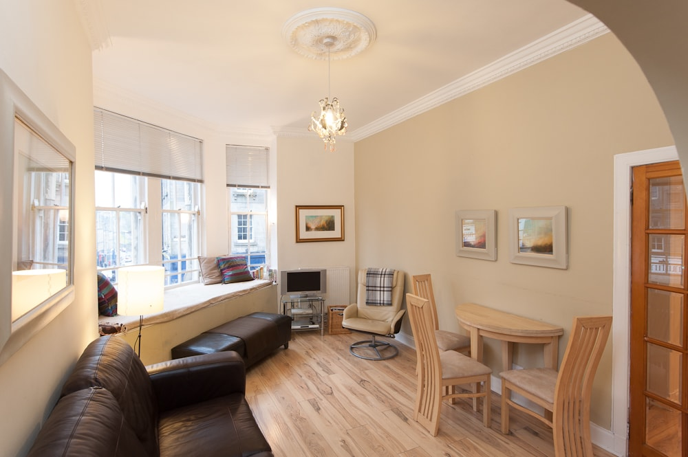 EDINBURGH ROYAL MILE APARTMENT