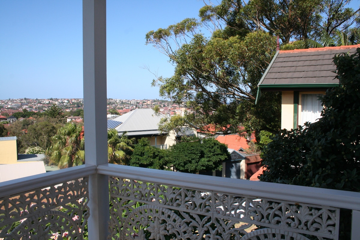 Delightful Bondi Beach House.