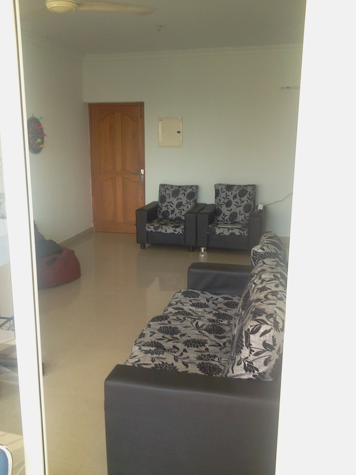 Good 2BHK apartment with balcony