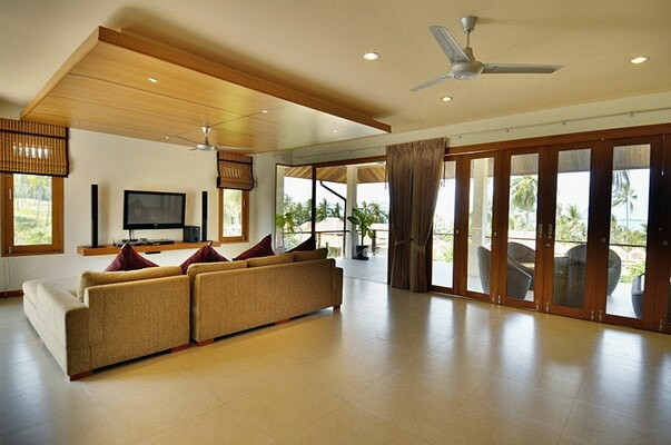 Seaview Pool Villa in NE near Beach