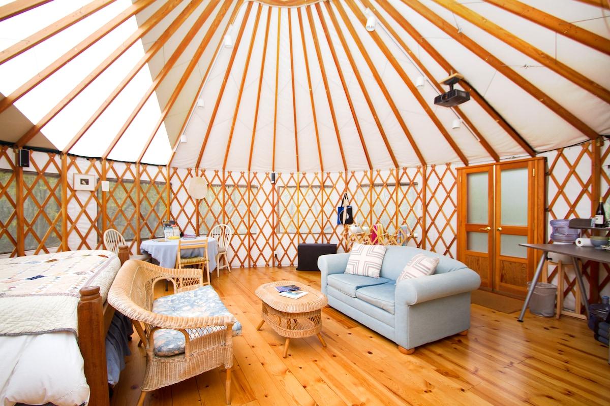 Carmel river yurt songbird refuge in carmel for The refuge carmel