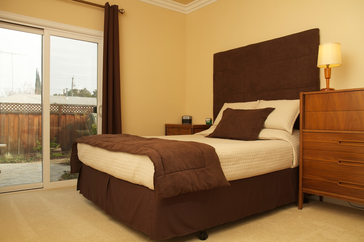 A good night sleep in your private one-bedroom apartment with queen bed awaits you.