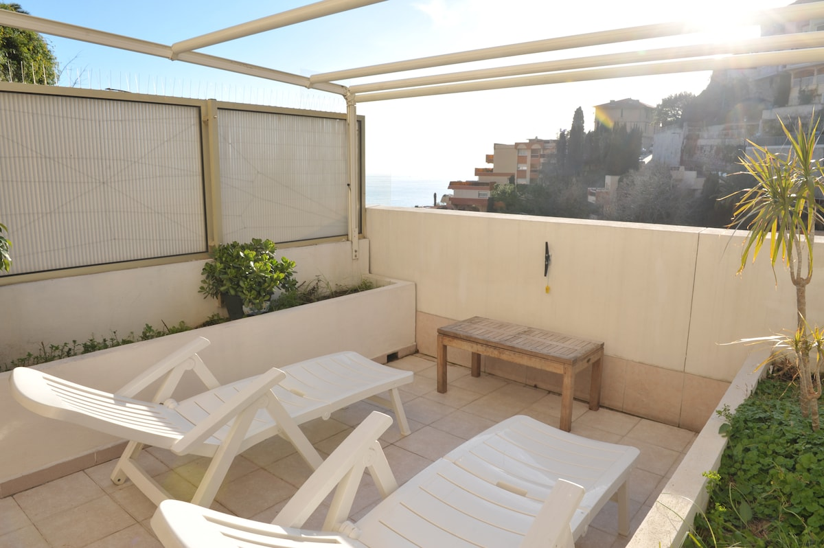 Studio terrace sea view Cap Martin