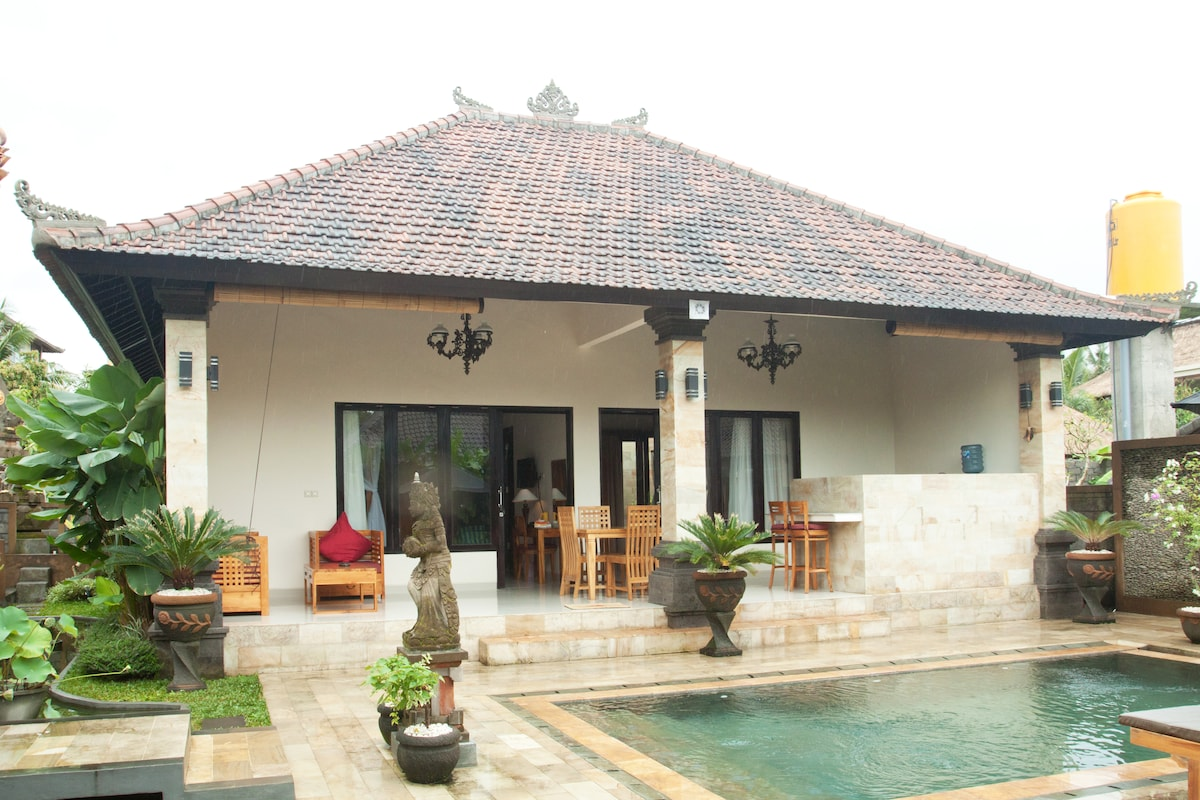 Villa Wayan 1 is a gorgeous private  property with 2 bedrooms.