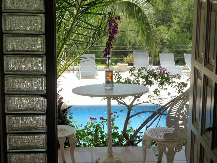 Studio in private villa view on sea