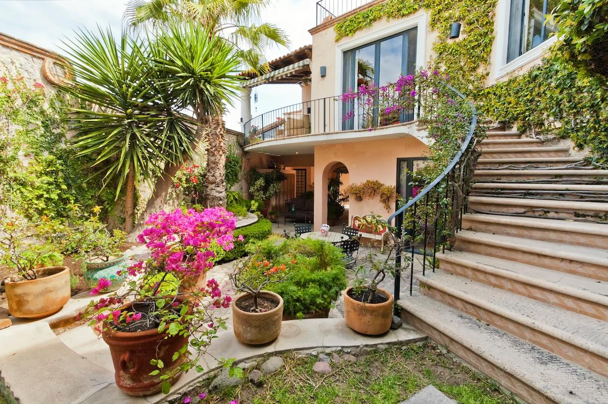Casa Solara - Sunny Terrace House