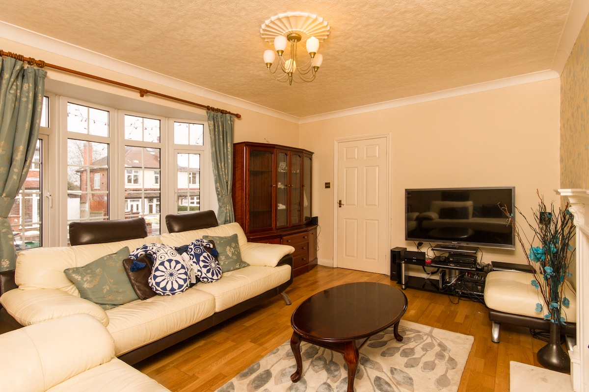 1 Bedroom  Fully Furnished House