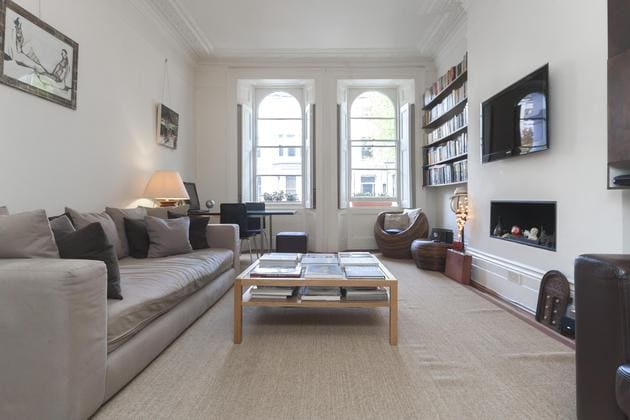 Notting hill london holiday rentals accommodation airbnb for 121 141 westbourne terrace london