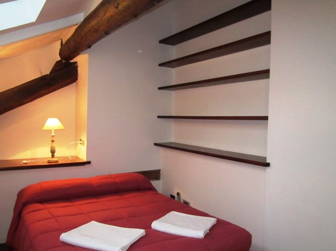 Nice double room in Milan Downtown