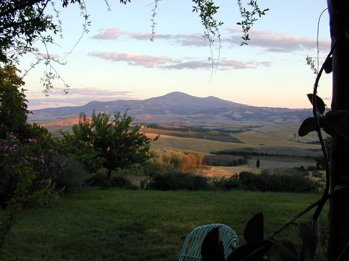 The view from the pergola of Val D'Orcia