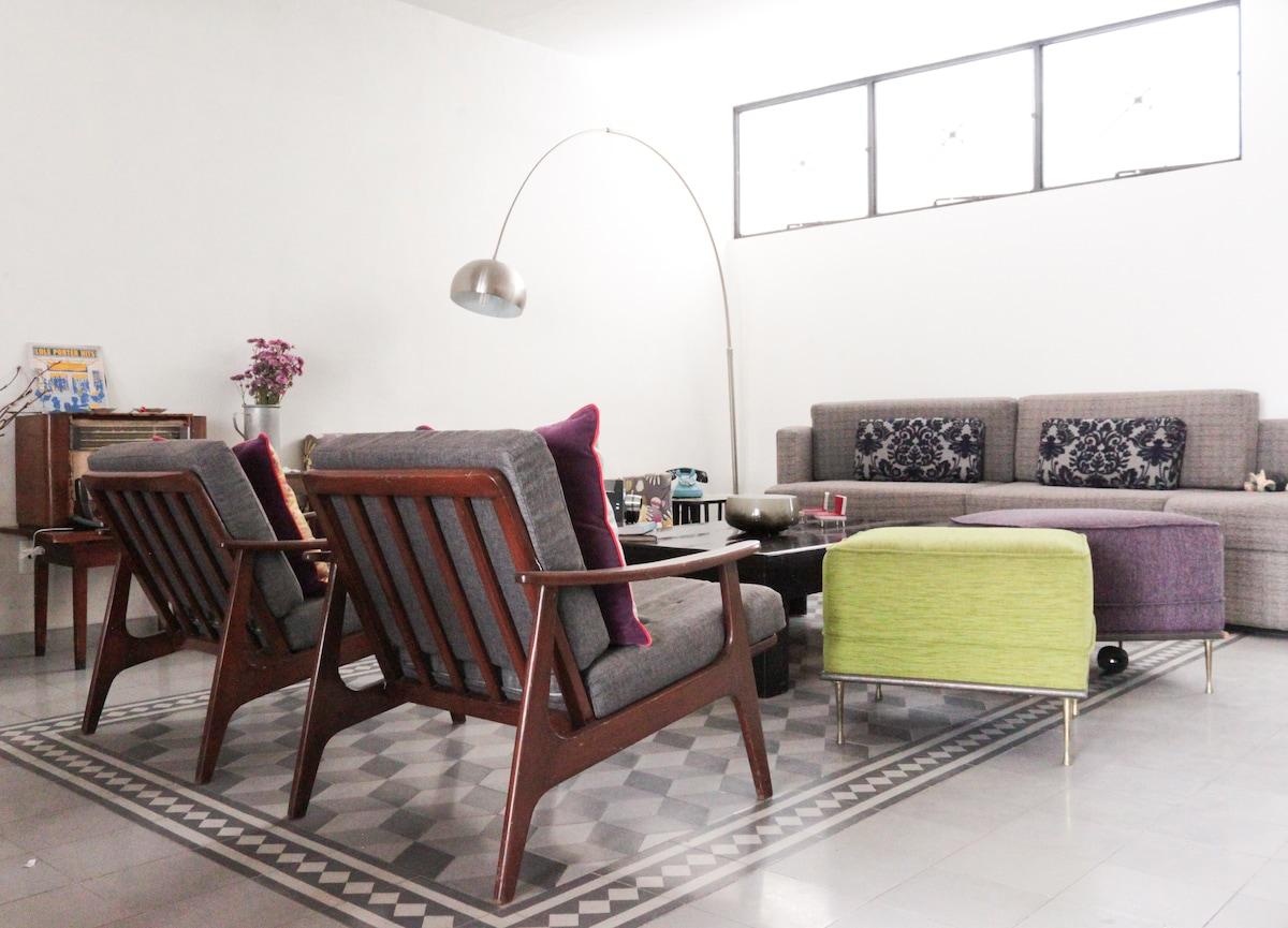 Sala / Living room (espacio compartido / shared space)