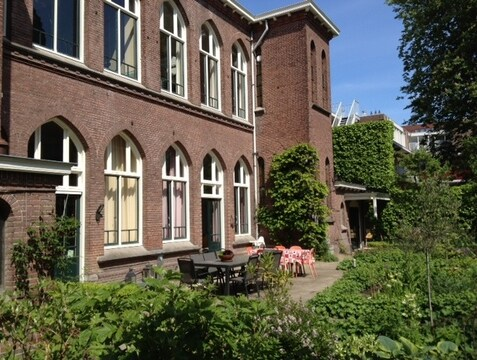 Back of the former convent: outside view of your livingroom (the 3 windows on the right, first floor)